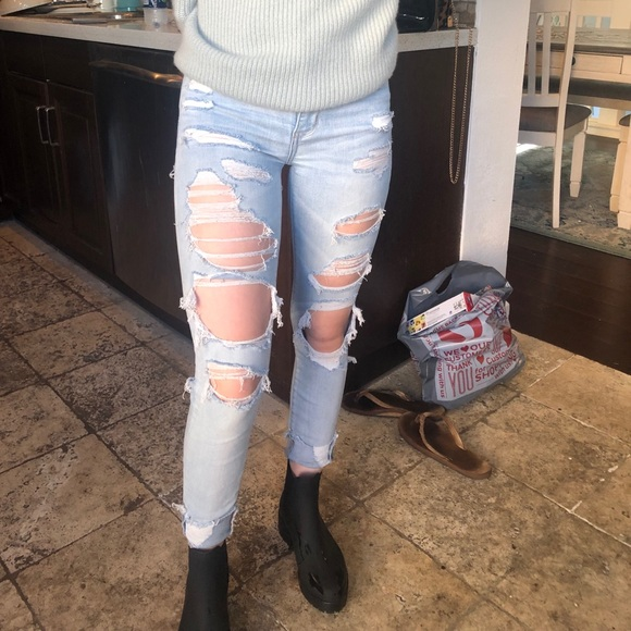 American Eagle Outfitters Denim - Ripped American Eagle jeggings